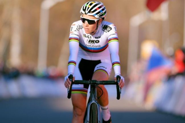 Ciclocross. Trionfo di Sanne Cant