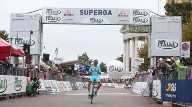 Milano – Torino: splendida vittoria di Diego Rosa