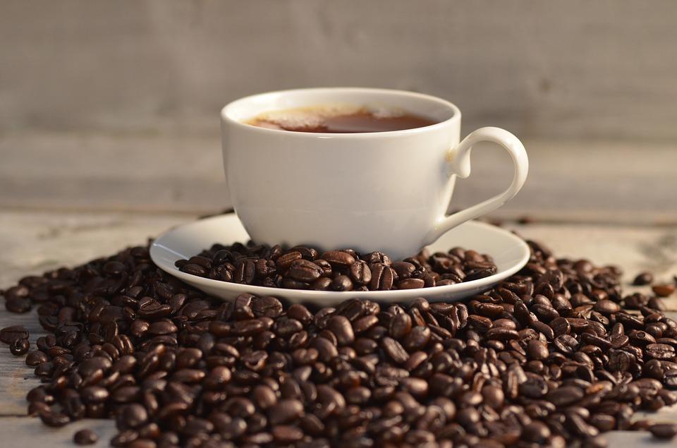 Ciclismo e caffeina: per ricaricarsi basta un'espresso