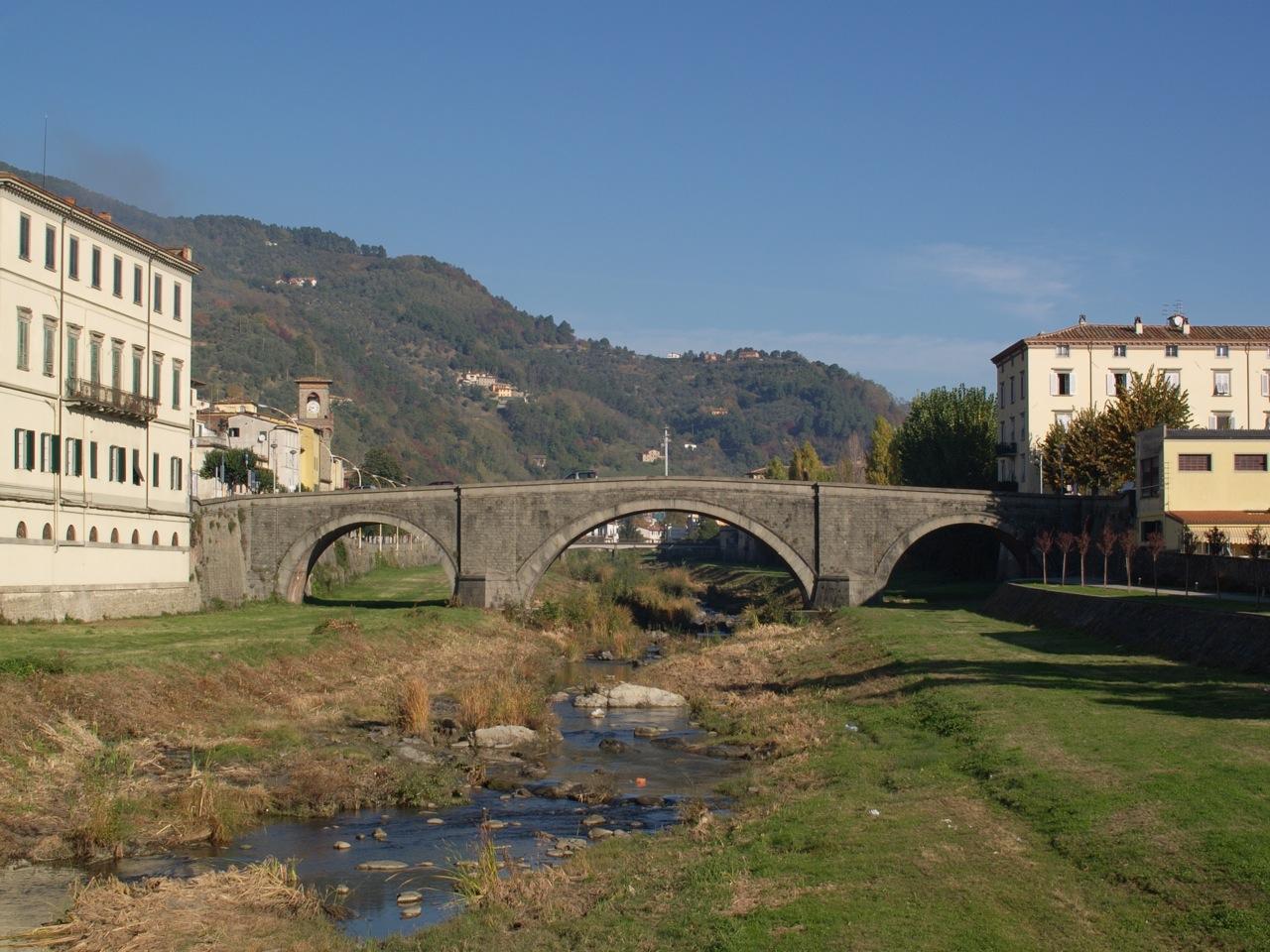 Ponte sulla Pescia
