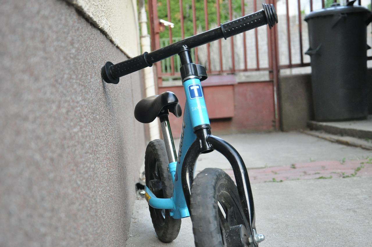 Biciclette senza pedali: gioco-strumento per i bambini