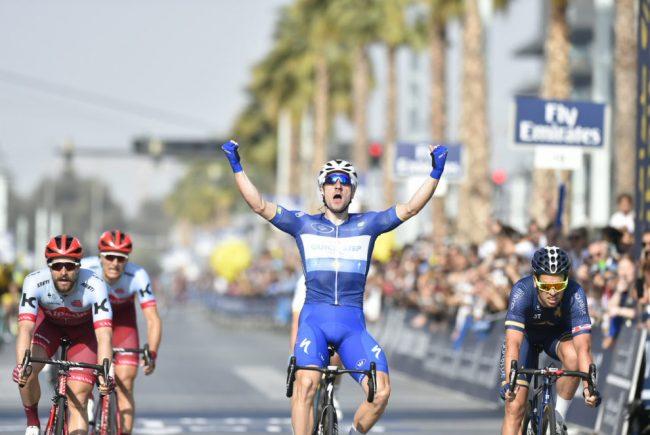 Capolavoro di Elia Viviani nella quarta tappa del Tour de France.