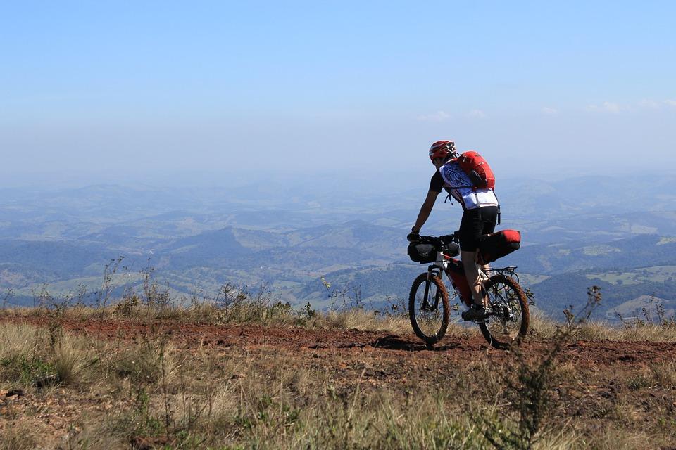 Qualche consiglio per il cicloturismo in mountain bike