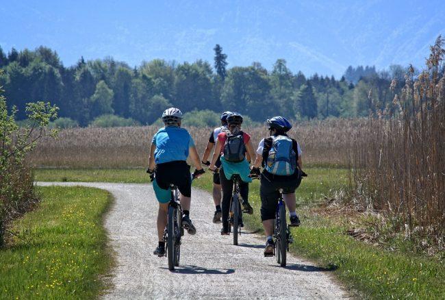 Quali sono i principali benefici dell'andare in bicicletta?