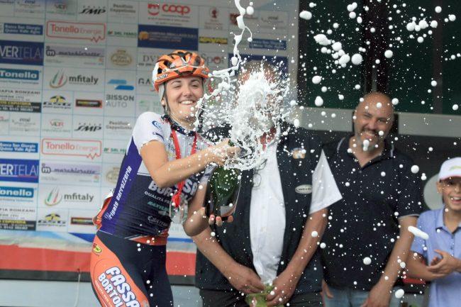 Successo di  Laura Tomasi  nel Trofeo d'oro di Montignoso.