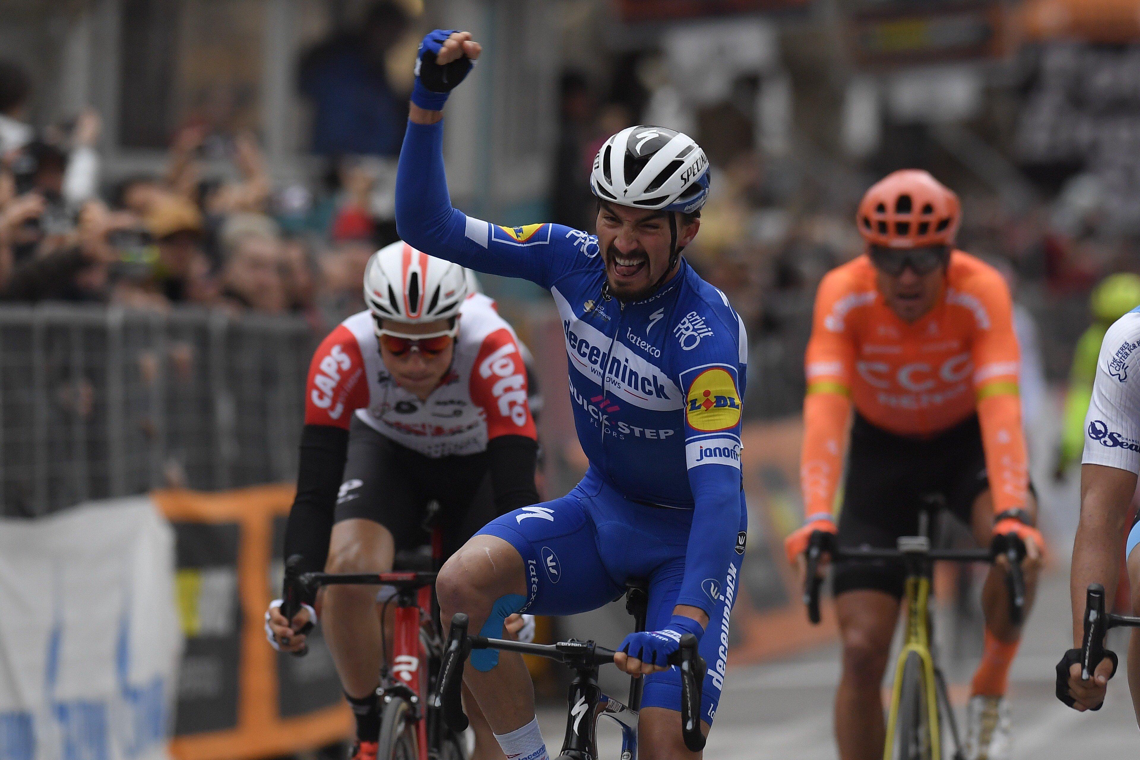 Super vittoria di Julian Alaphilippe nella penultima tappa della Tirreno-Adriatico.