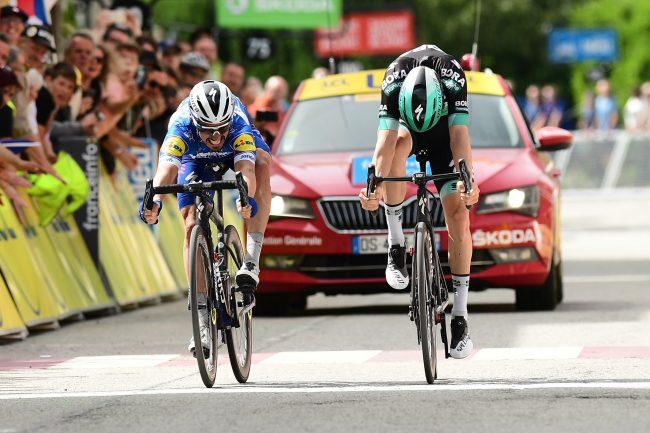 Successo di Julian Alaphilippe nella sesta tappa del Giro del Delfinato.