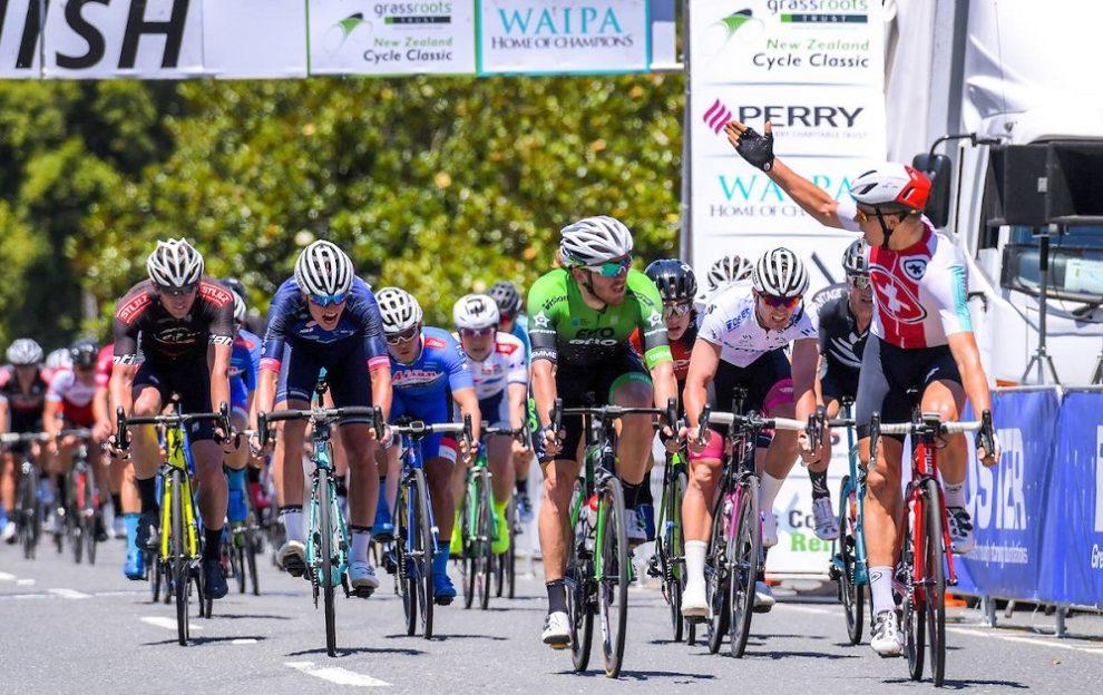 Trionfo di Bissegger Stefan nel Tour de l'avenir.