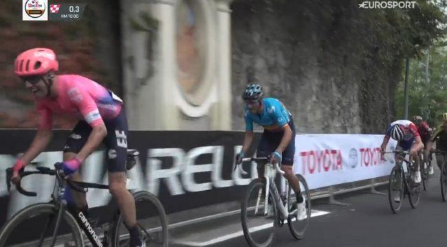 Sprint vincente di Michael Woods alla Milano-Torino.